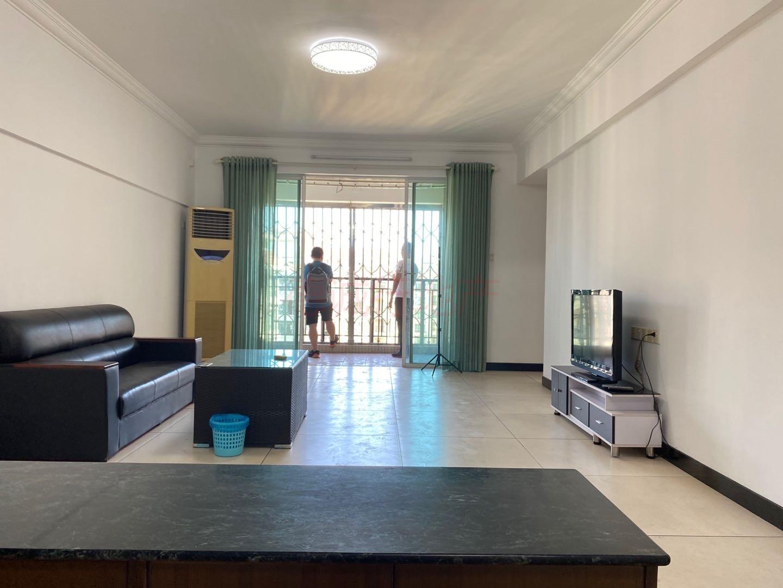 北丽园3室1厅1卫南北朝向仅215万元