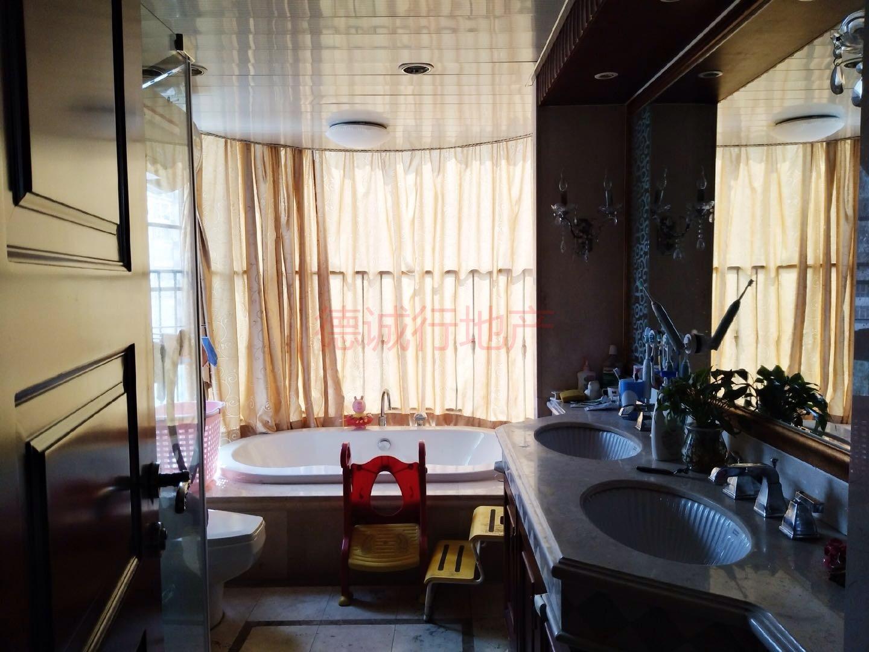 好房出售!珠江帝景(豪宅部)小区4室2厅3卫仅1400万元